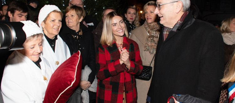 Inauguration du Marché de Noël de Gravelines avec Inès Vandamme